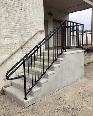 commercial_steps